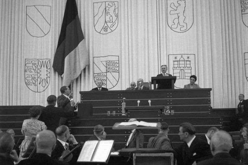 Paul Löbe at the constituent session of the German Bundestag 1949